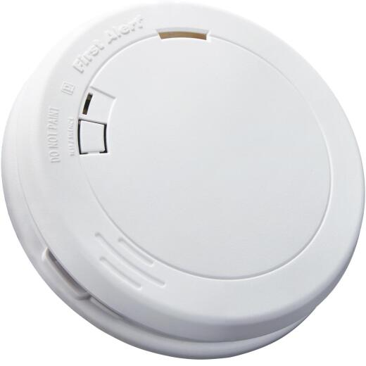 First Alert 10-Year Sealed Battery Photoelectric Slim Round Smoke Alarm