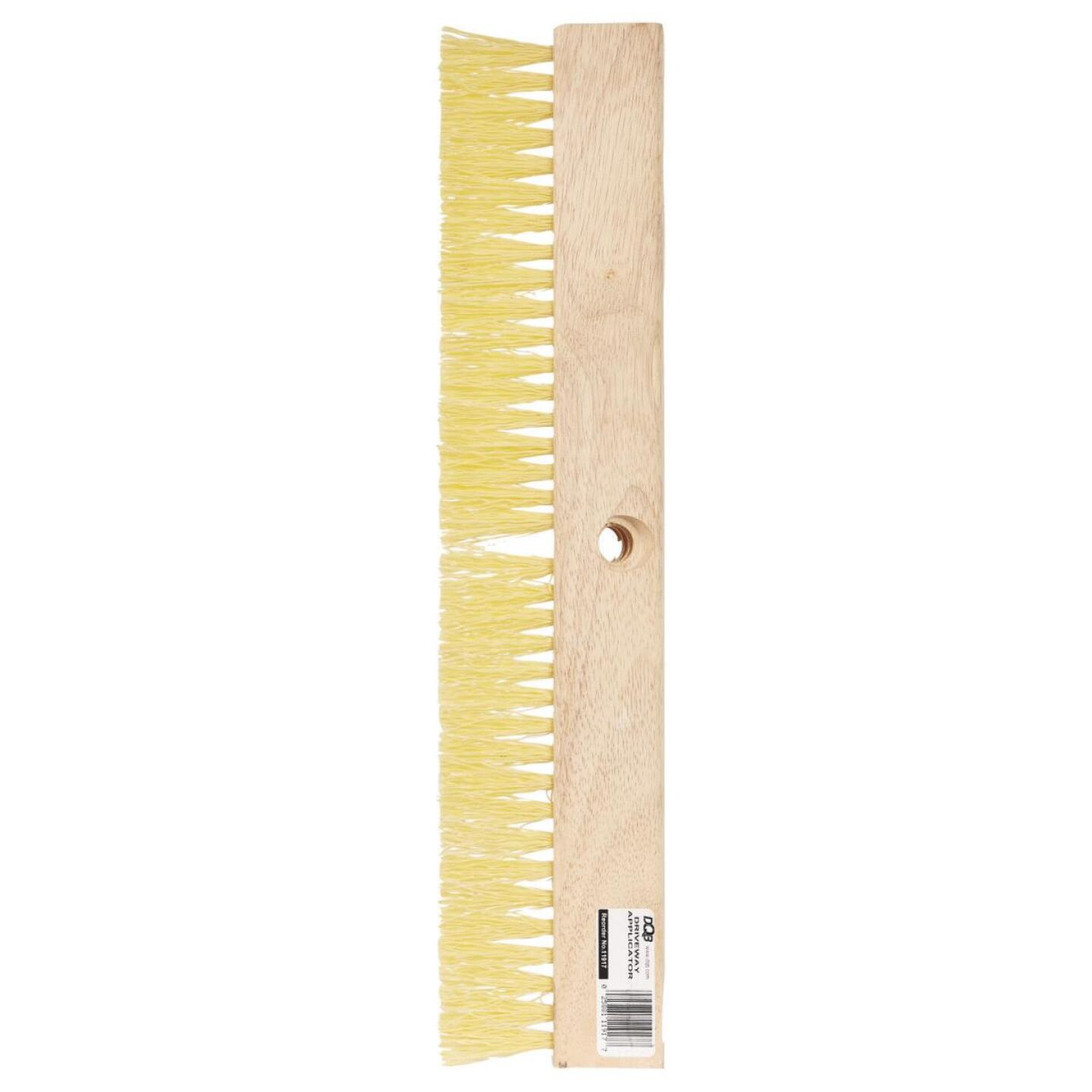DQB 18 In. Squeegee Driveway Brush Image 2