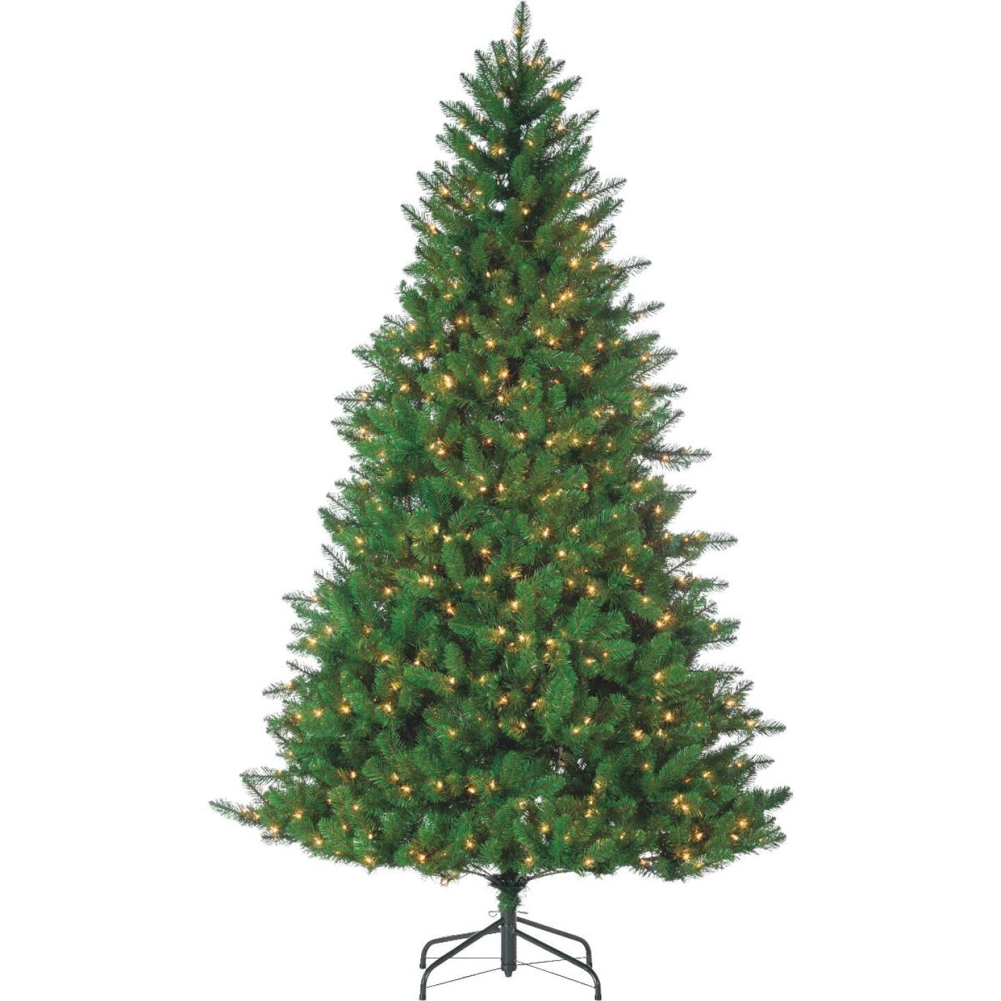 Gerson 7.5 Ft. Stone Pine 700-Bulb Clear LED Prelit Artificial Christmas Tree Image 1